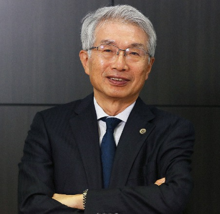 弘中惇一郎のプロフィール