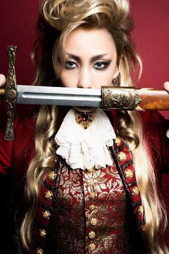 中島美嘉の舞台「パリ公演」が中止決定で不満続出の声も!