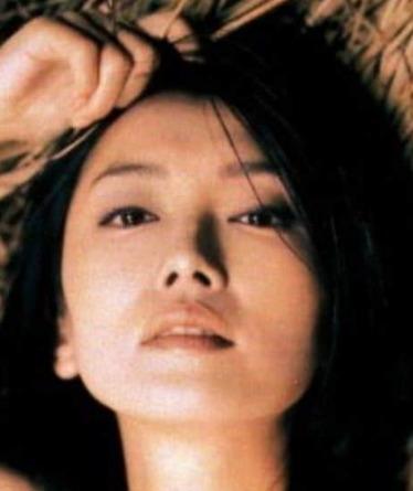 【画像】麻生祐未の若い頃の写真がキレイ!2