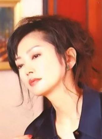 【画像】麻生祐未の若い頃の写真がキレイ!4