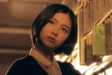 浜辺美波のデビュー作は空色物語「アリと恋文」