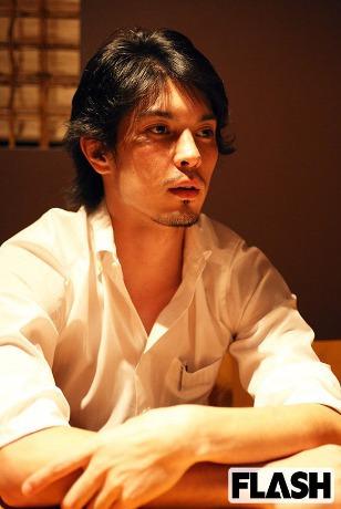 澤尻剣士はイケメン店長3