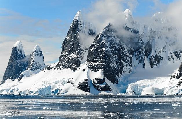 南極で初の20度超え!史上最高気温20.75度の原因は地球温暖化?