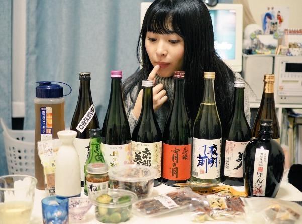 佐藤望美がファンに隠れてお水を飲む理由とは?