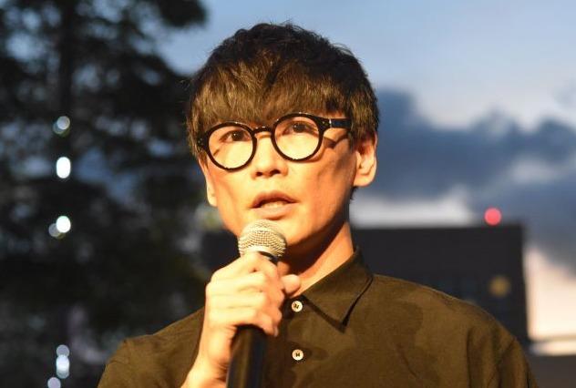 サカナクション山口一郎がメガネをかけ始めた理由とは?