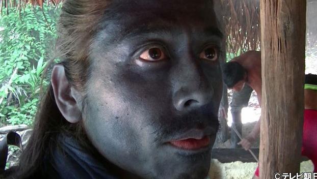 【画像】ナスD友寄隆英が黒い理由とは?肌の色がナスのように!2