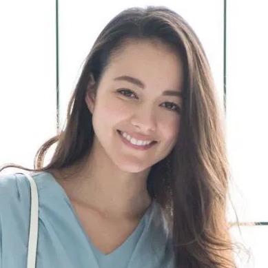 山田章仁(ラグビー元日本代表)の嫁ローラがかわいい!モデル美人妻の顔画像とは?4