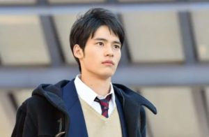 岡田健史の兄弟はカルマと岡田将生説の真相!5歳上の姉や父母はどんな人?