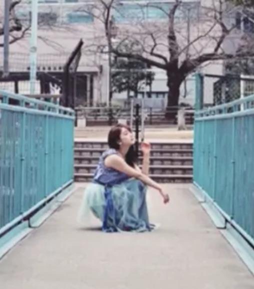 平野紫耀と平祐奈の匂わせ疑惑2:写真のポーズや場所が同じ4