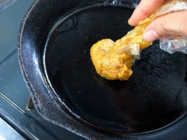 ヒルナンデスキャンプ料理うまい棒お好み焼き作り方