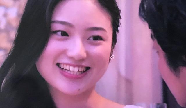 【画像】濱崎麻莉亜は顔変わった?の画像4
