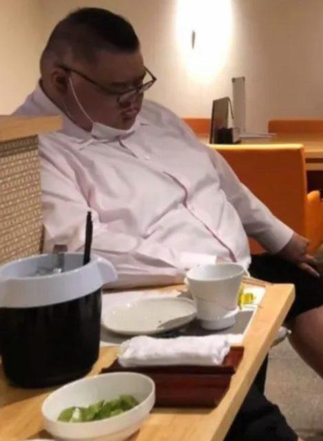田子ノ浦親方の泥酔写真とは?
