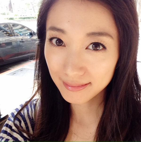 元アイドルの妹・藤岡麻美で現在は台湾へ