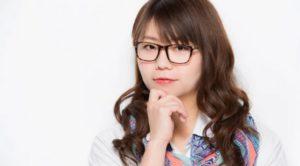 【画像】山崎ケイのメガネなしがかわいい!外した素顔やすっぴん水着姿の写真はある?