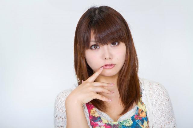 【画像】山崎ケイのメガネなしがかわいい?