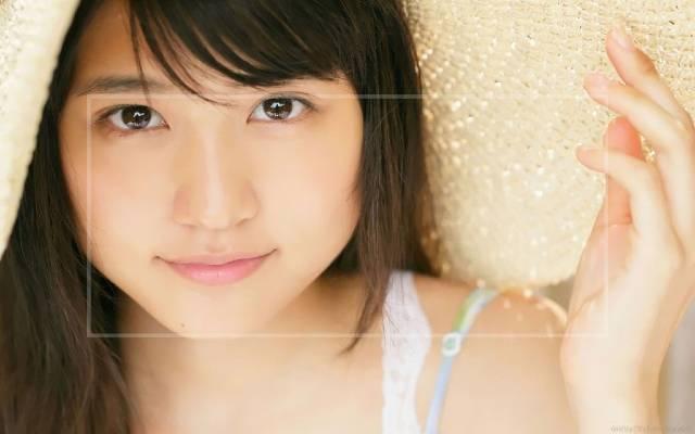 有村架純は『整形で顔が変わった』のか画像で検証!