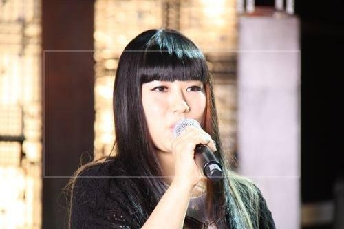 杉咲花の母は歌手の『チエ・カジウラ』