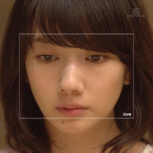 波瑠が女優として活躍しだした頃の画像