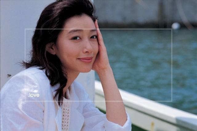 波瑠は伝説の美人女優・夏目雅子に激似の話もの画像2