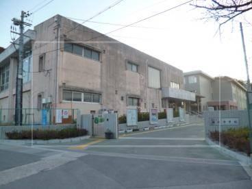 マユカ【学歴と偏差値】出身中学は『田辺中学校』でバトミントン部