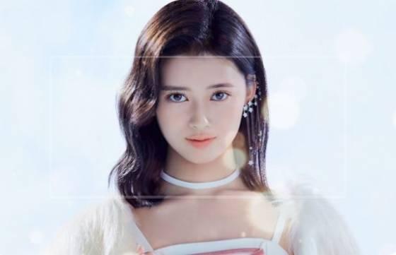 【NiziU】リマ(横井里茉)は母親似!中林美和の若い頃に『特にそっくり』の声が多数【画像】