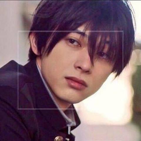 吉沢亮の中学生時代①:バスケ部に所属でキャプテン